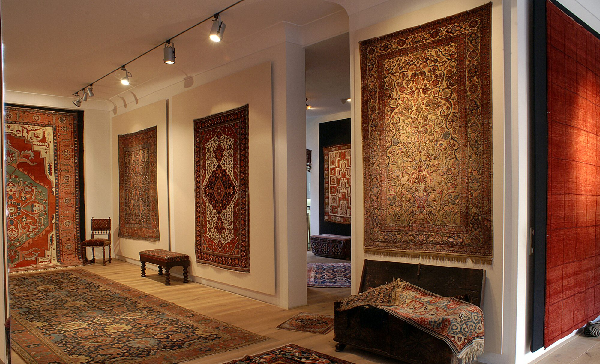 Foumani Persian Gallery